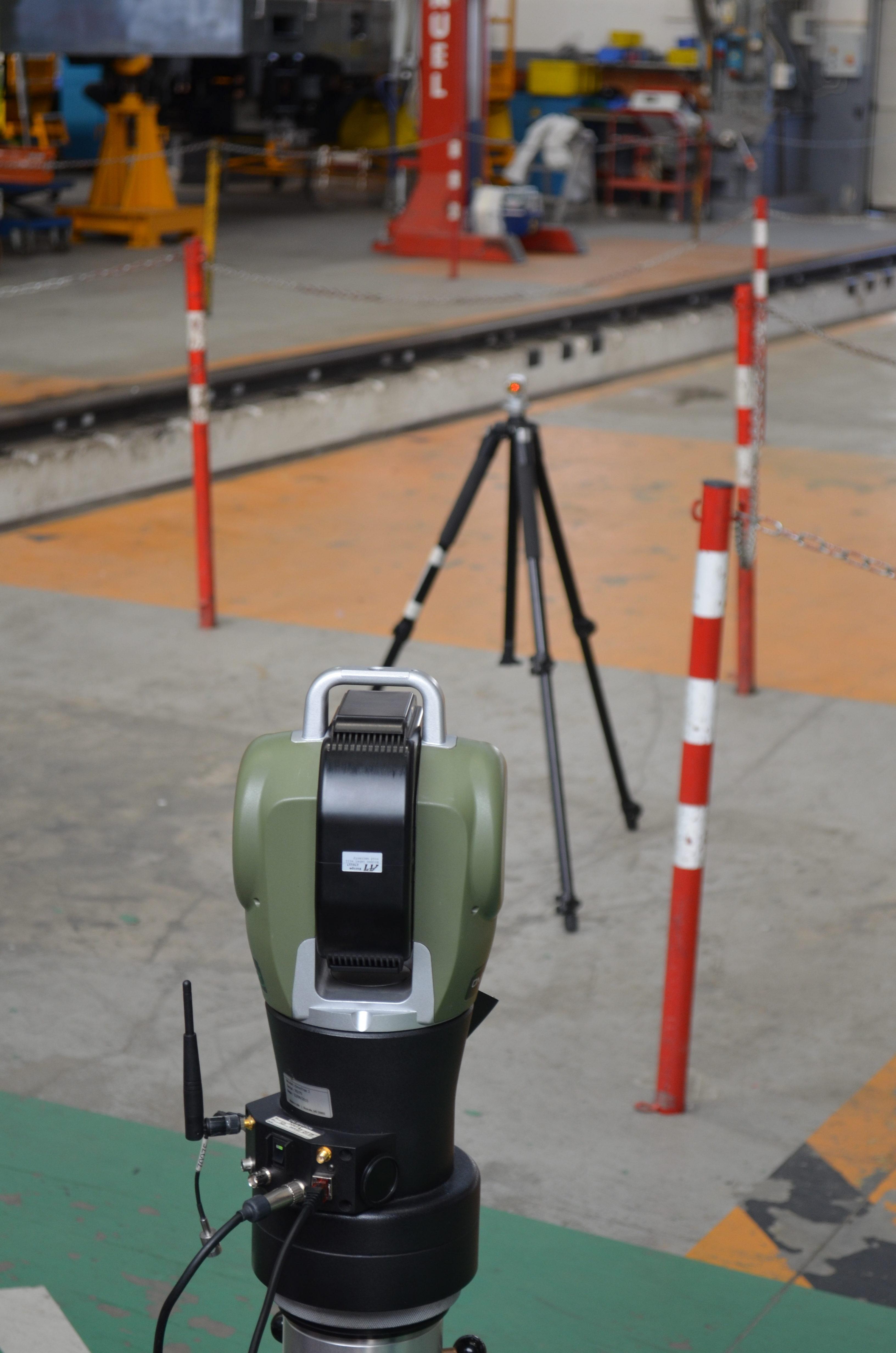 Rilievo tramite laser scanner e laser tracker della locomotiva TRAXX DC3