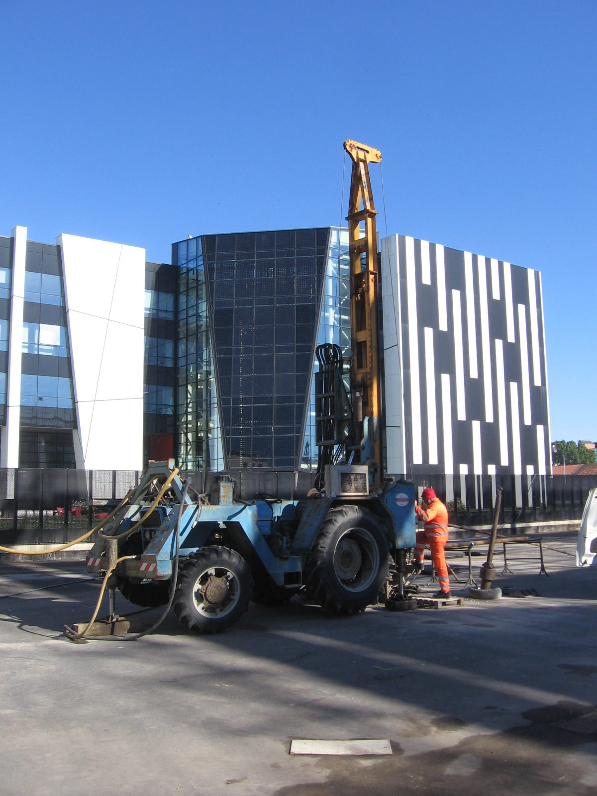 Geological, geotechnical and environmental investigations in the urban area of Turin