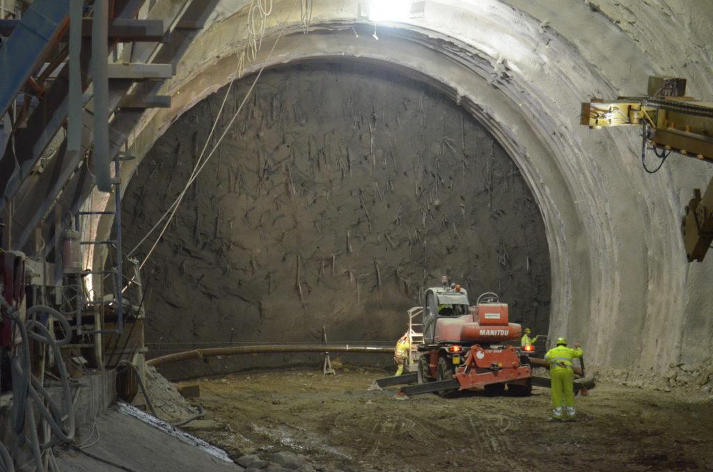 Studio delle problematiche di rigonfiamento di un tunnel ferroviario